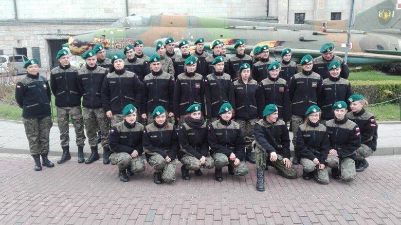 Uczestnicy szkolenia w 10 WPS